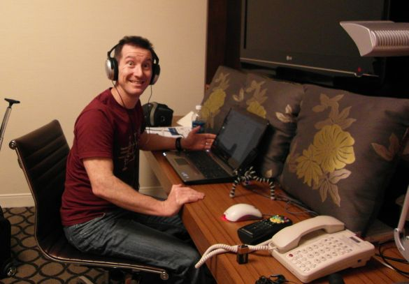 Dave recording the show in the hotel room